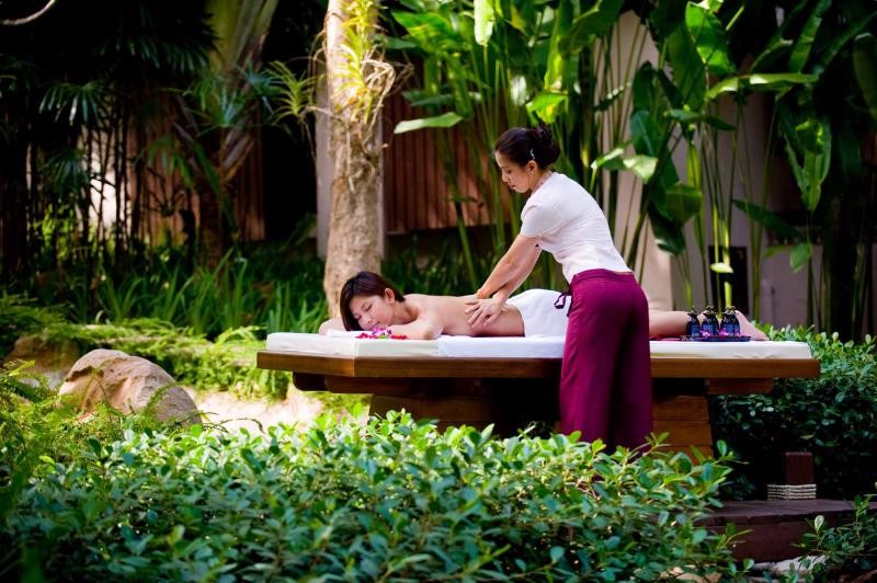 thailand_outside_massage